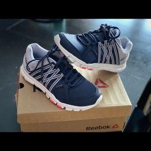 Woman's Reebok 'memory tech' sneakers, size 7